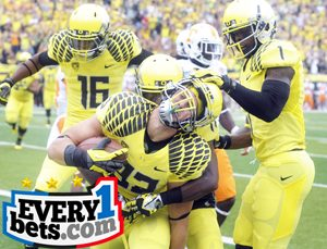"""College Football Odds at BetAnySports -- Look Out For That """"Back Door"""" in Oregon-Washington State Game"""
